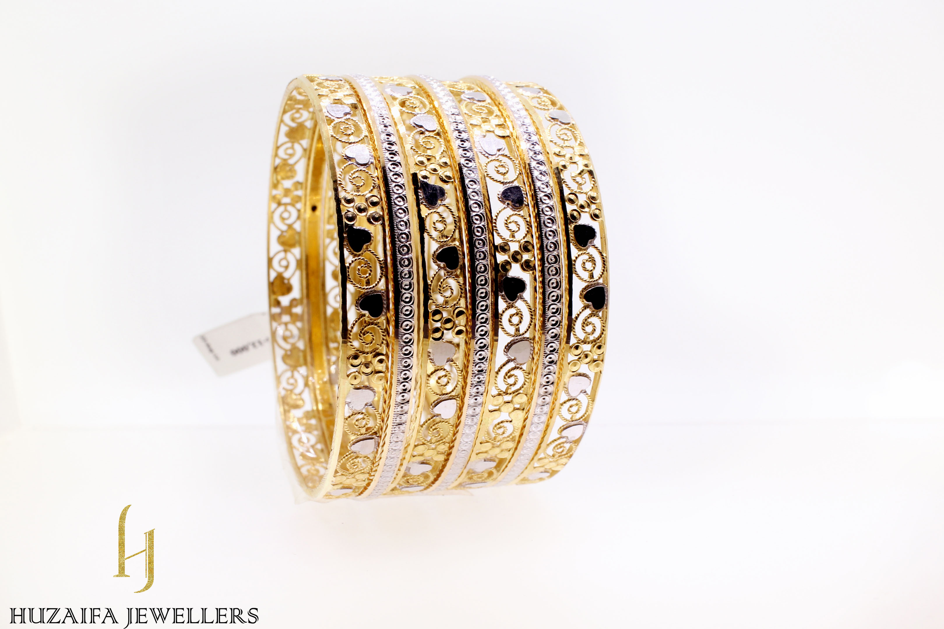 women-gold-bangles-collection